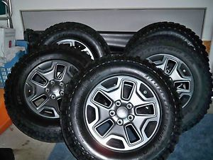 "2013 Jeep Wrangler Rubicon 17"" Factory OE Wheels Tires BF Mud Terrain 255 77R17"