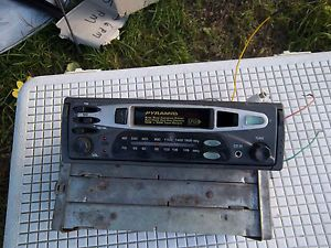 Pyramid Am FM Radio Cassette Player Car Stereo
