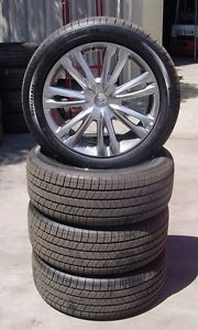 "Hyundai 2012 Genesis Sedan 18"" inch Wheels Tires Set of 4"