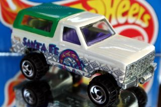 Hot Wheels World Tour Ford Bronco