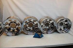 "17"" 8 Lug 1978 Chevy Cadillac Set Wheels Rims 3 4 Ton 8 Hole with Lugs"