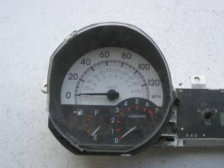 2004 2005 Scion XB Instrument Cluster Speedometer Gauges