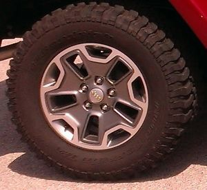 2013 Jeep Wrangler Rubicon Factory Tires Wheels