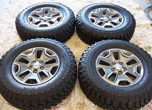 "4 2013 Jeep Wrangler Rubicon Factory 17"" Wheels Tires Rims"