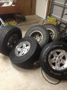 Jeep Wrangler Tires Wheels 5 Factory Wheel Set