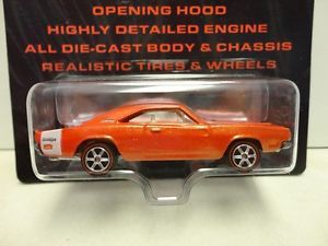 Hot Wheels '69 Dodge Charger Orange 1969 w RR Real Rubber Tires Ultra Hots