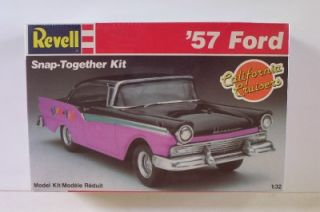 1957 Ford Fairlane 1 32 SEALED Revell Car Model Kit Vtg 80's California