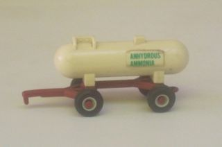 Anhydrous Amonia Tank Trailer 1 64 Ertl Farm Equipment