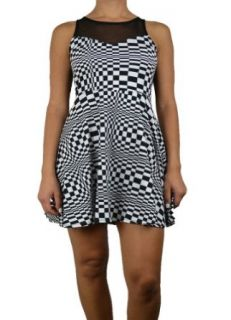 143Fashion Women's Sleeveless Checkered Print Dress Clothing