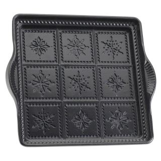 Nordic Ware International Specialties Heavy Cast Aluminum Snowflake Shortbread Pan   Bread & Loaf Pans