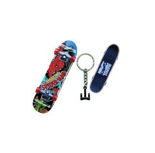 Marvel Spider Man Skateboard Key Ring Toys & Games